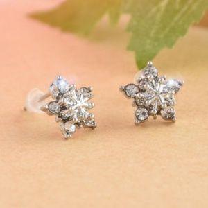 Jewelry - Rhinestones Snowflake Earrings Studs